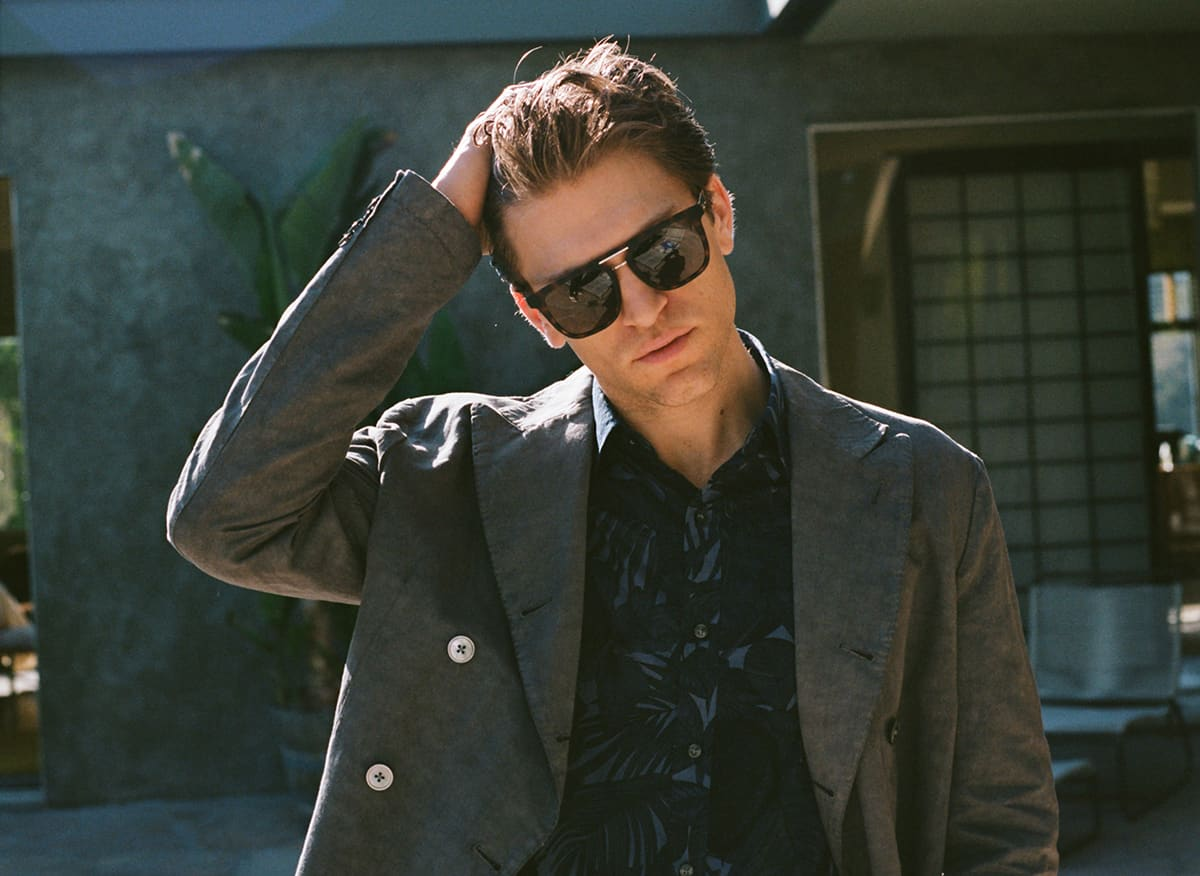 Actor and hollywood author keegan allen loosens up m4hsunfo